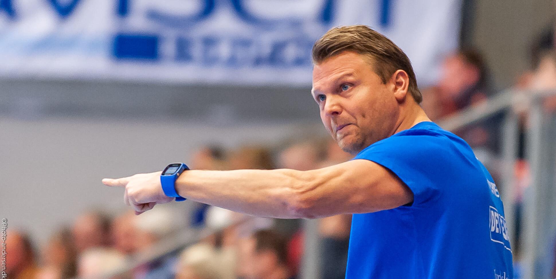 Jan Paulsen maner til ro efter 6. sejr...